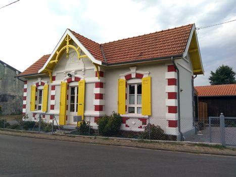 Petite Maison Traditionnelle Du Bassin D Arcachon Avec Mini