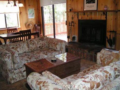 Idyllwild, California Cabin - stunning views-family friendly